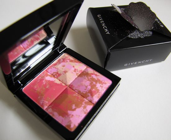 Givenchy_Blooming_Fuchsias_Blush